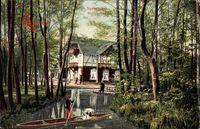 Lübbenau im Spreewald, Flusspartie mit Spreewaldkahn, Fachwerkhaus