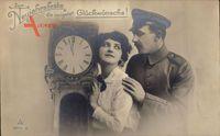 Glückwunsch Neujahr, Standuhr, Soldat mit Frau, PH Berlin 3944 2