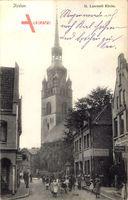 Itzehoe in Schleswig Holstein, Straßenpartie mit St. Laurentii Kirche