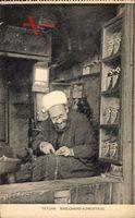 Tetuan Marokko, Babuchero Acreditado, Ein Schuhmacher bei der Arbeit
