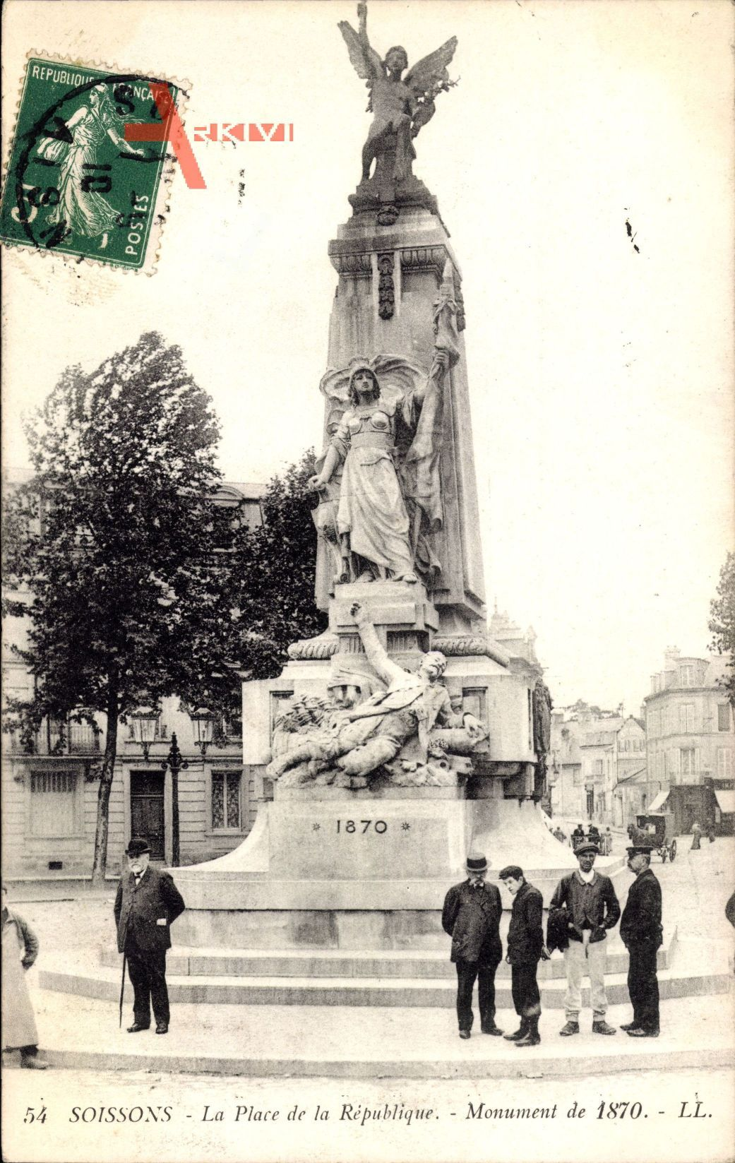 Soissons Aisne, Place de la Republique, Monument de 1870, Denkmal