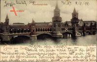 Berlin Friedrichshain Kreuzberg, Blick auf die Oberbaumbrücke