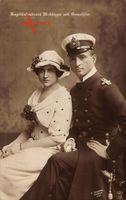der Marine-Offizier und Held des 1. Weltkrieg Kapitain Leutnant Otto Weddigen mit seiner Gemahlin, NPG 5251