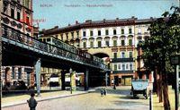 Berlin Schöneberg, Hochbahn mit Hausdurchbruch, Straßenpartie