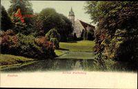 Itzehoe in Schleswig Holstein, Blick auf Schloss Breitenburg über Gewässer