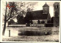 Berlin Wilmersdorf Schmargendorf, Blick vom Teich auf die Dorfkirche
