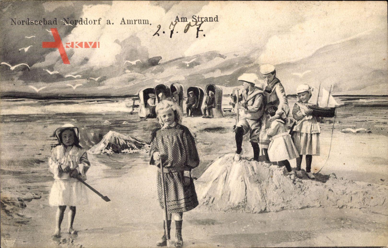 Norddorf auf Amrum, Partie am Strand, Nordsee, Kinder, Sandburg