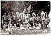 Indianer, Zeltlager, Kostüme, Tipis, Squaws, Kinder, Häuptlinge
