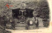 Péronne Somme, Tombeau du Marin Delpasse, 1870, Blick auf eine Grabstätte