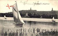Berlin Köpenick, Blick übers Wasser auf die Müggelberge, Segelboote