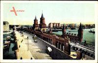 Berlin Friedrichshain, Blick über die Oberbaumbrücke auf die Spree