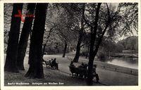Berlin Weißensee, Parkanlagen am Weißen See, Bänke