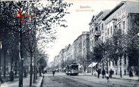 Berlin Spandau, Blick in die Schönwalderstraße, Straßenbahn, Passanten