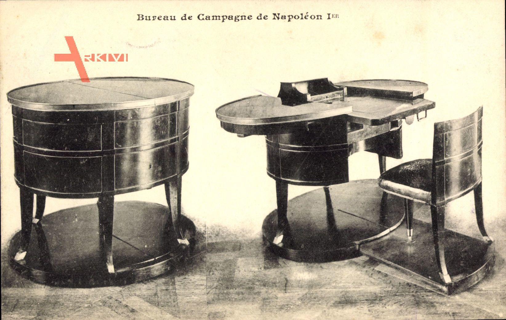 Bureau de Campagne de Napoleon Ier., Ausklappbarer Schreibtisch