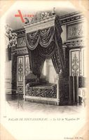 Fontainebleau Seine et Marne, Palais, le Lit de Napoleon 1er, Innenansicht