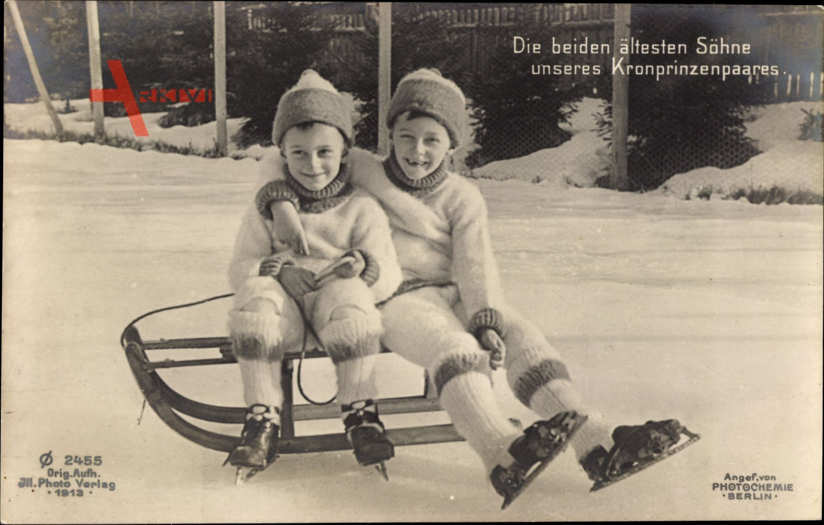 Die beiden ältesten Söhne unseres Kronprinzenpaares, PH Berlin 2455