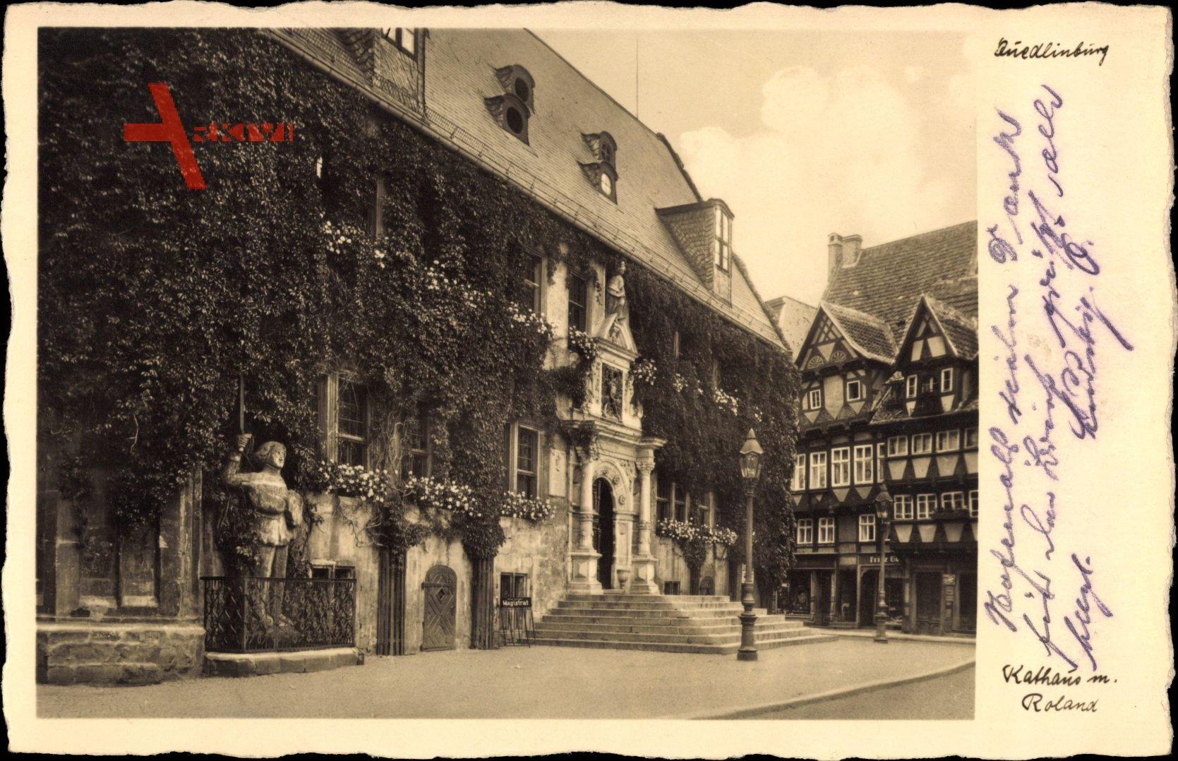 Quedlinburg im Harz, Rathaus mit Rolandstatue