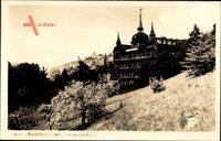Radebeul Sachsen, Blick vom Berg auf die Finanzschule
