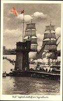 Kiel in Schleswig Holstein Segelschulschiff am Signalturm