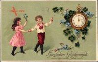 Glückwunsch Neujahr, Wanduhr, Kleeblätter, Kinder