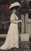 Sophie Charlotte von Oldenburg, Standportrait, Ehefrau Eitel Friedrich