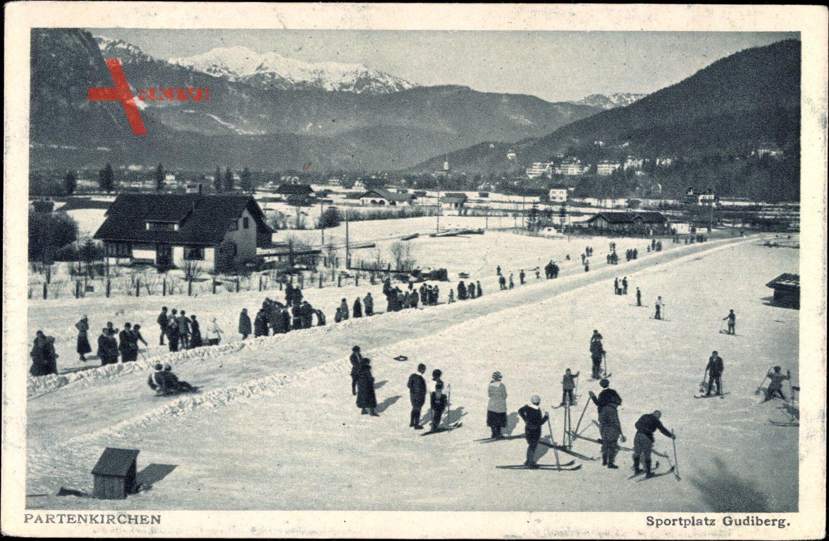 Garmisch Partenkirchen, Winteraufnahme, Sportplatz Gudiberg, Skifahrer, Ski
