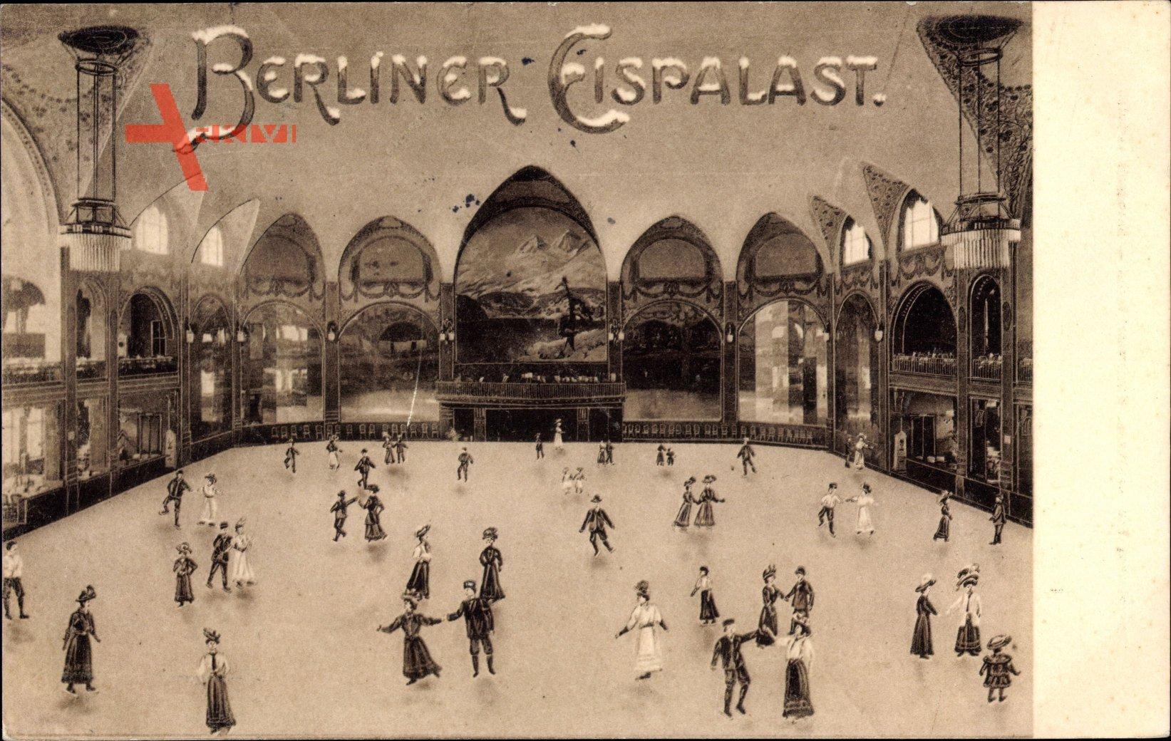 Berlin, Innenansicht des Eispalastes, Eisbahn, Eisläufer