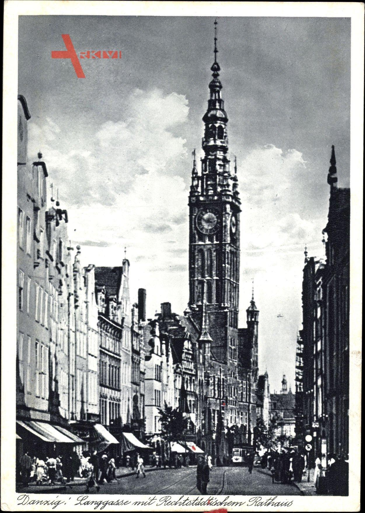 Gdańsk Danzig, Langgasse mit Rechtstädtischem Rathaus, Passanten