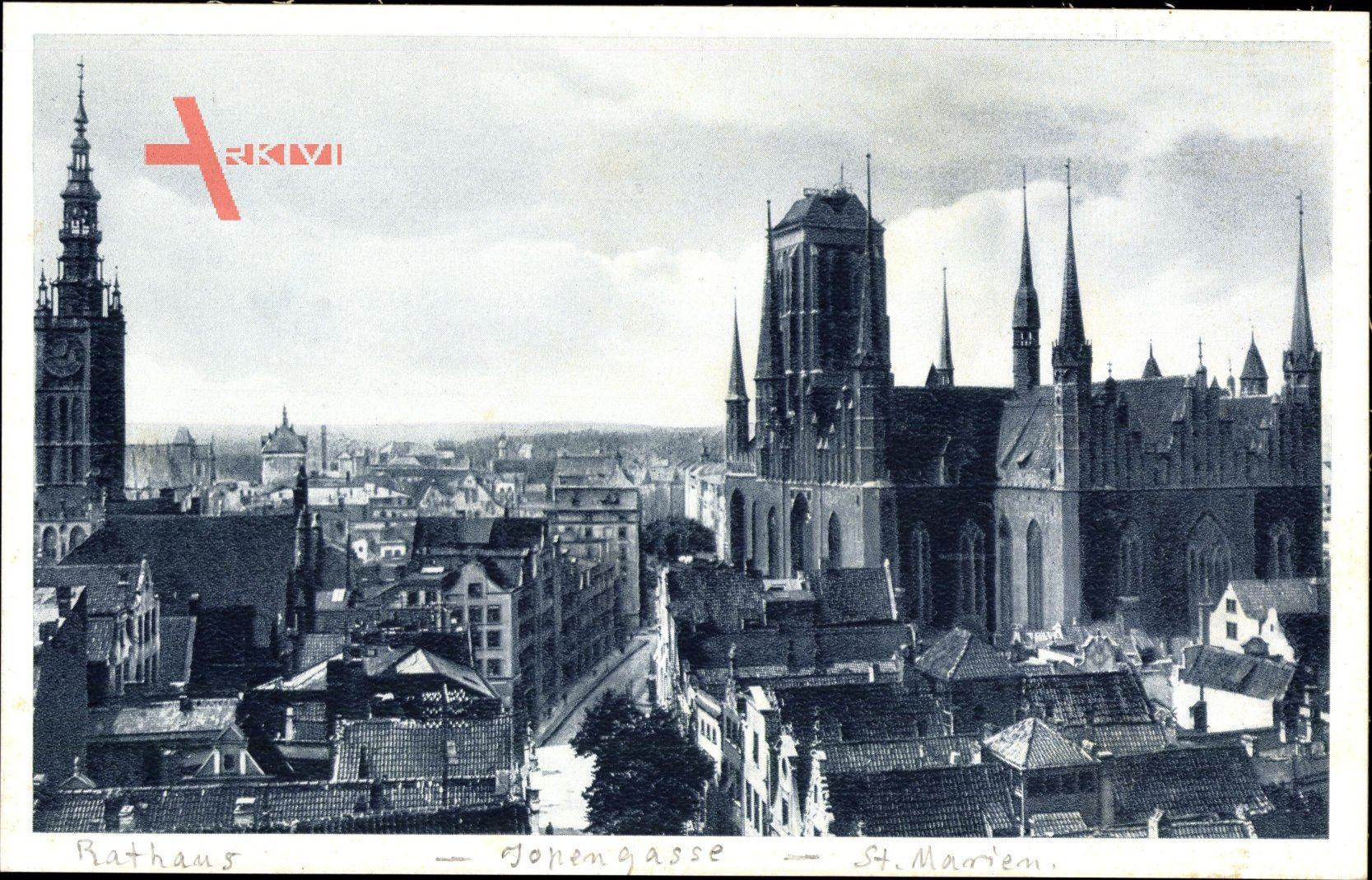 Gdańsk Danzig, Blick auf den Ort mit Rathaus, St. Marienkirche, Häuser