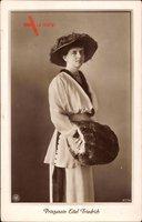Sophie Charlotte von Oldenburg, Standportrait, Muff, NPG 4774