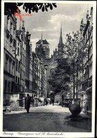Gdańsk Danzig, Frauengasse mit St. Marienkirche, Fahnenschmuck
