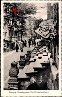 Gdańsk Danzig, Blick in die Frauengasse, der Pomuchelskopp, Passanten