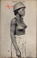 Dakar Senegal, Jeune fille, Portrait einer Frau mit entblößter Brust