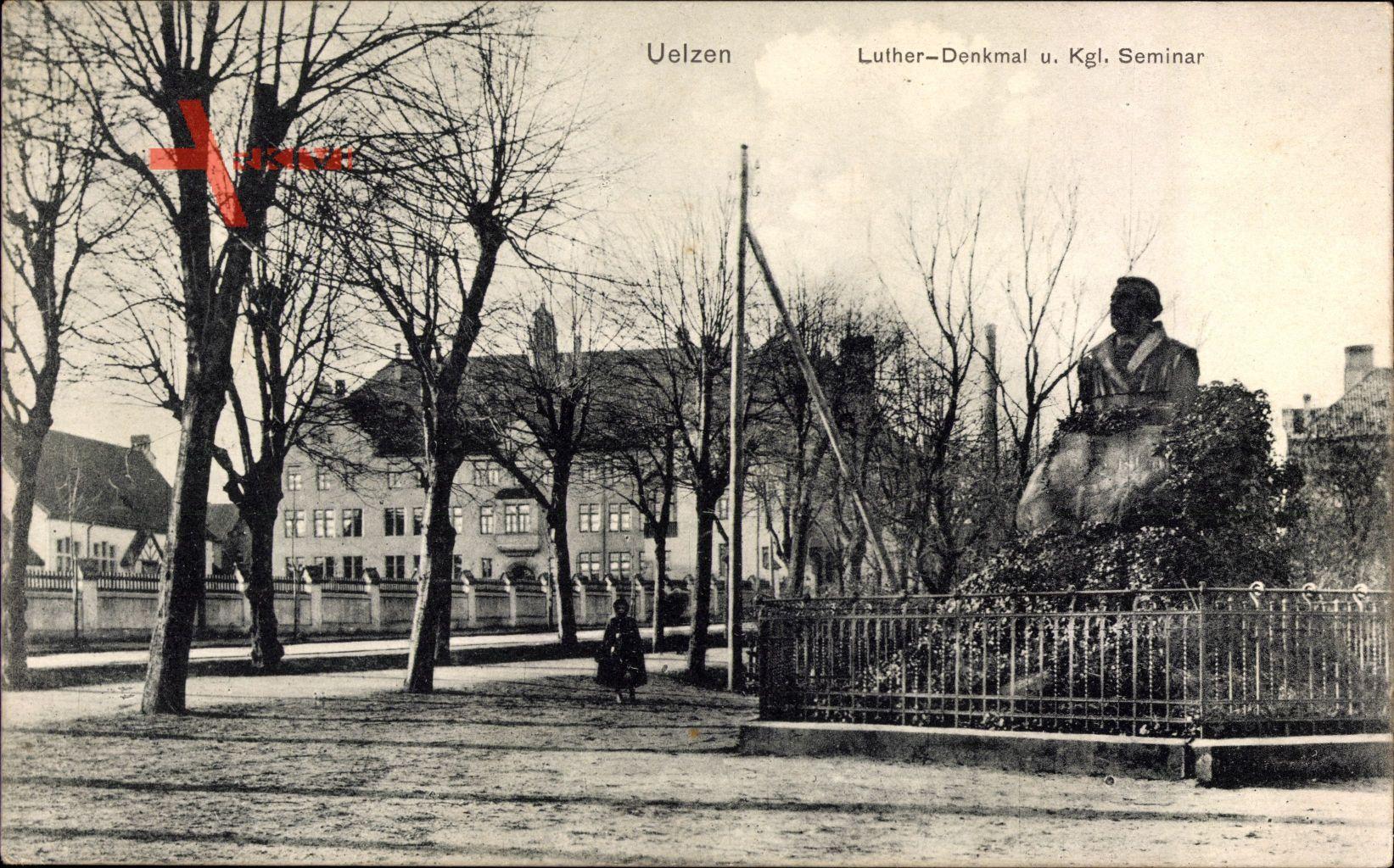 Uelzen in Niedersachsen, Lutherdenkmal und Königliches Seminar