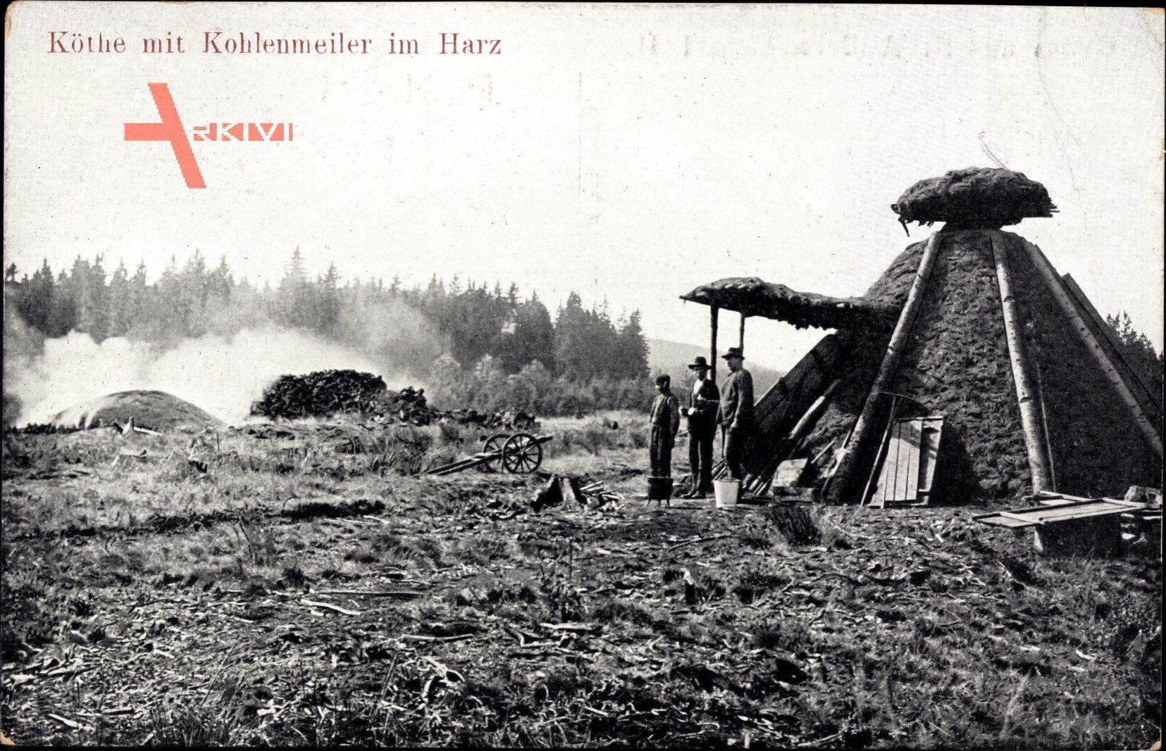 Köthe mit Kohlenmeiler im Harz, Köhler bei der Arbeit, Köhlerhütte
