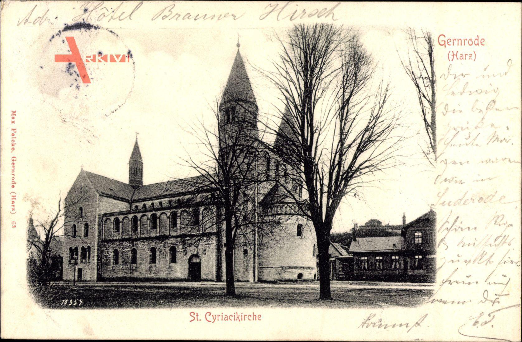 Gernrode im Harz, Straßenpartie mit Blick auf St. Cyriacikirche, Fassade