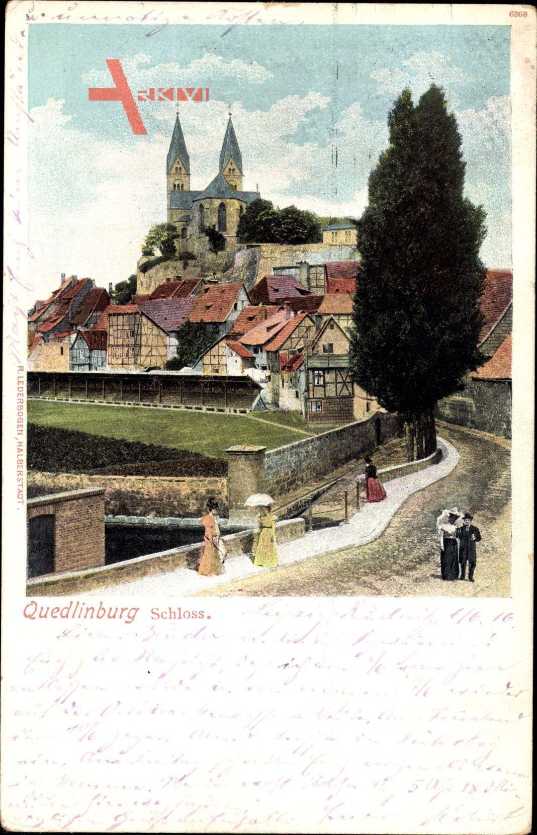 Quedlinburg im Harz, Blick auf Stadt und Schloss, Personen