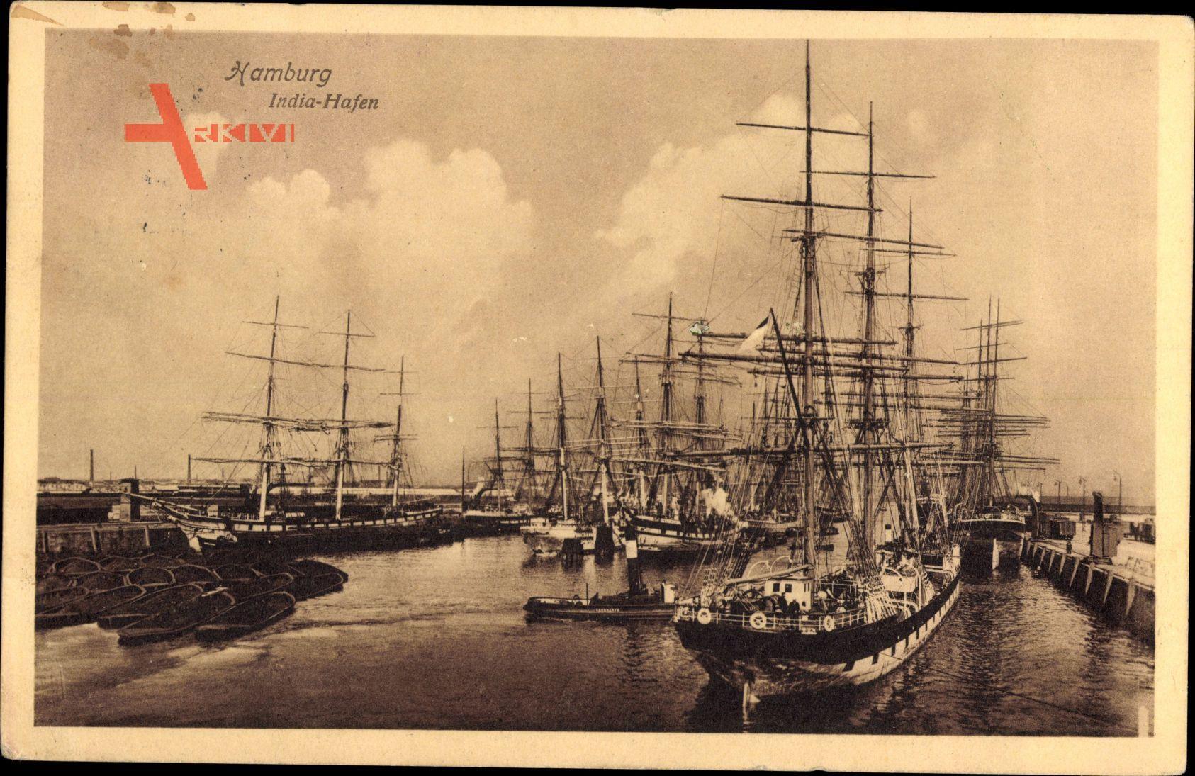 Hamburg, Blick in den India Hafen, Segelschiffe, Lotsenboot