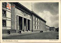 Berlin Mitte, Straßenpartie an der Reichskanzlei, Eingang mit Wachposten