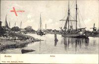 Norden Ostfriesland, Blick in den Hafen, Segelschiffe, Windmühle