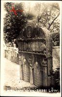 Judaika  Praha Prag, Blick auf das Grabmal von Rabbi Löw, Weg