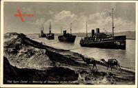 Ägypten, Suezkanal, mooring steamers in the Canal, Dampfschiffe