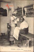 Tunesien, Barbier Arabe, Arabischer Barbier bei der Arbeit