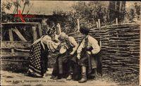 Ukraine, La Petite Russie, Ukrainische Bauern in Trachten
