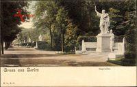 Berlin Tiergarten, Partie in der Siegesallee mit Denkmal