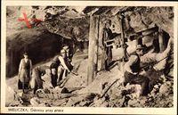 Wieliczka Groß Salze Polen, Bergleute bei der Arbeit unter Tage, Bohrer