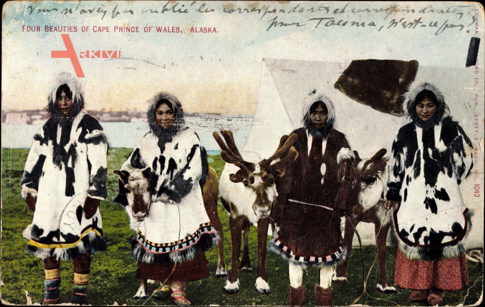 Alaska USA, Four beauties of Cape Prince of Wales, Eskimofrauen,Pelze,Rentier