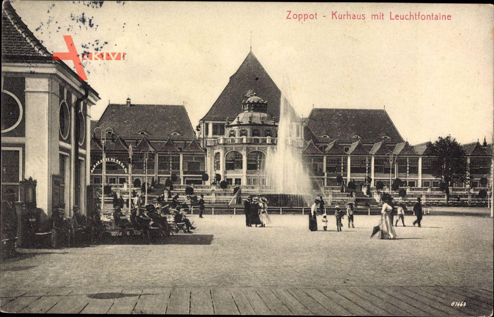 Sopot Gdańsk Zoppot Danzig, Blick auf Kurhaus mit Leuchtfontaine