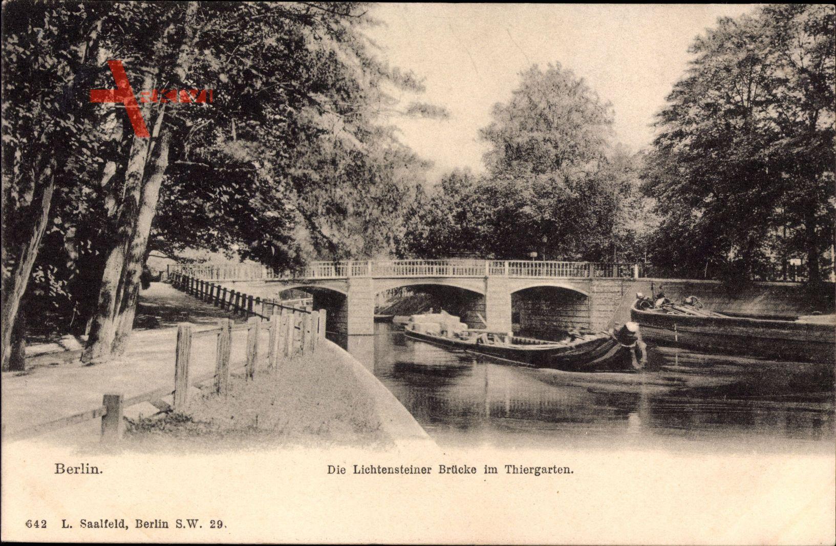 Berlin Tiergarten, Blick auf die Lichtensteiner Brücke