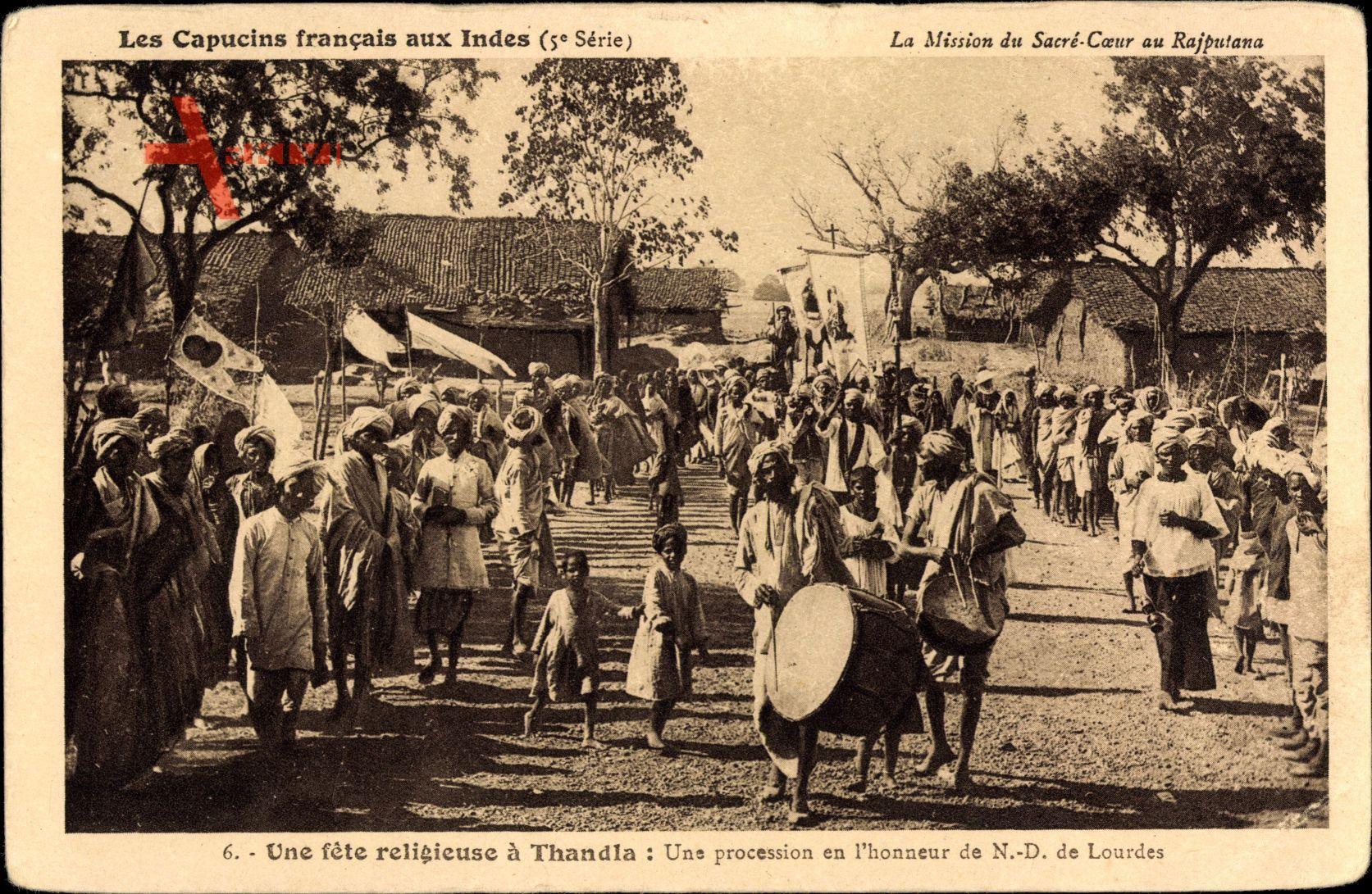 Thandla Indien, Une fete religieuse, une procession, Inder,Capucins francais
